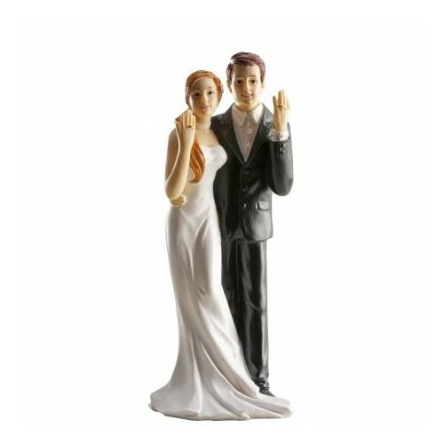 Esküvői tortadísz boldog ifjú pár gyűrűvel
