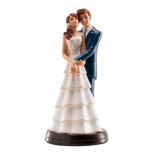 Esküvői tortára fiatal csinos pár