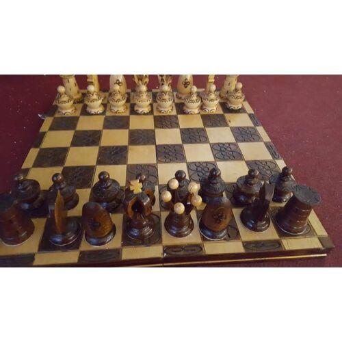 Fa sakk készlet, különleges formájú