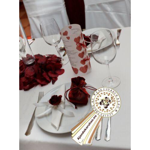 Bordó Rózsás Vacsora és Itallap